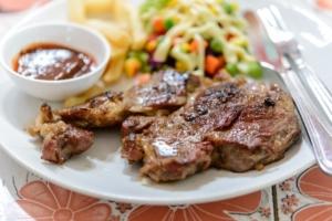 gegrilltes Steak vom Elektrogrill
